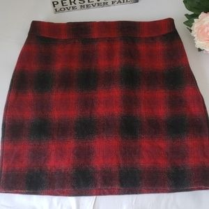 Red and black check wool skirt